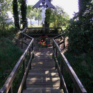 3. Landkruis aan de Frensdorferweg in Lattrop