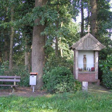 12. Mariakapel aan de Berghummerstraat in Denekamp