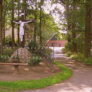 14. Landkruis aan de Lutterzandweg in de Mekkelhorst bij Beuningen