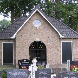 67. Mariakapel op kerkhof aan de Oude Kerkweg in Zenderen