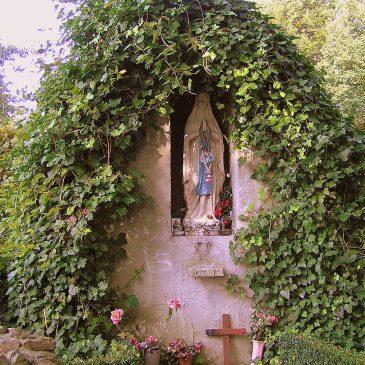 70. Madonna en Lourdesgrot, Retraitehuisweg, Zenderen