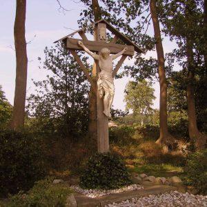77. Landkruis aan de Hooidijk in Hezingen