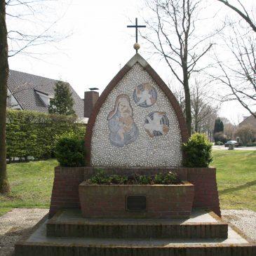 """105. Mariakapel """"Onze Lieve Vrouw van de Vrede"""", Veldmaaat, Haaksbergen"""