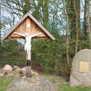 91. Landkruis op de hoek Eierbaan en Pastoor Ossenstraat in Bornerbroek